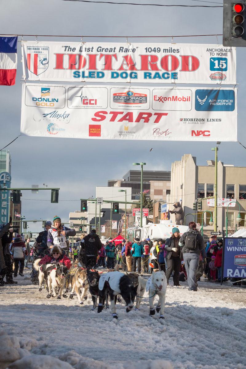 15 Laura Iditarod Start